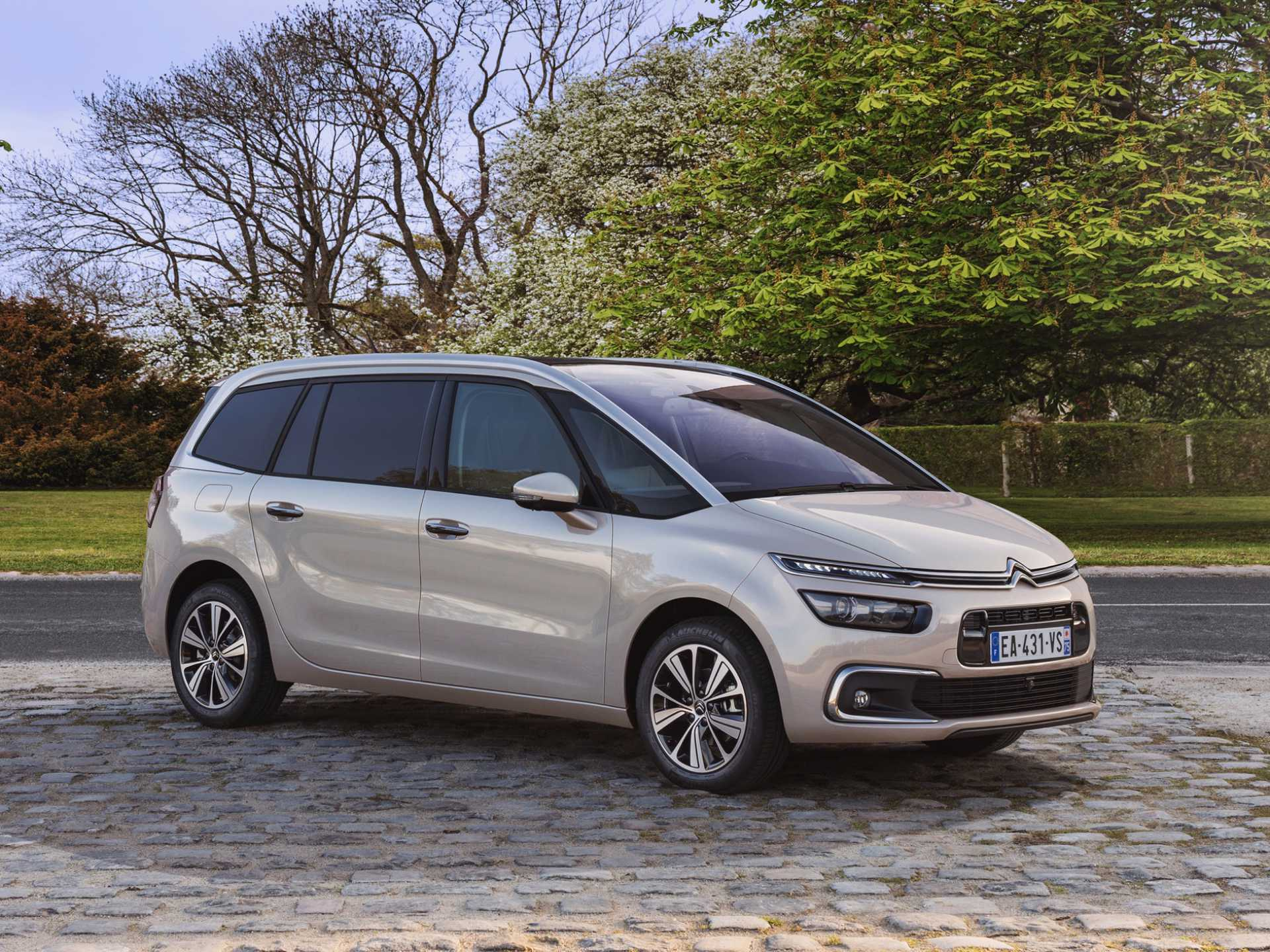 de Citroen C4 Space Tourer bij Bennie Wilmink